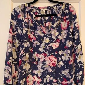100% silk floral Joie top
